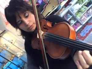 sonia al violino